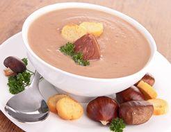 Entrée : Soupe aux marrons